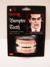 Vampire Teeth - Halloween Make Up