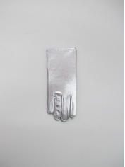 Short Silver Metallic Gloves
