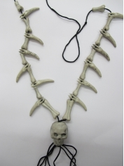 Skull Teeth Necklace - Plastic Toys