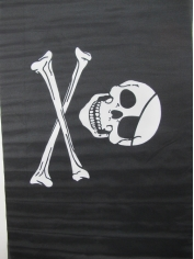 Large Skull Crossbones Flag