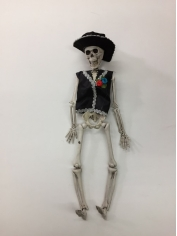 Groom Skeleton - Halloween Decorations